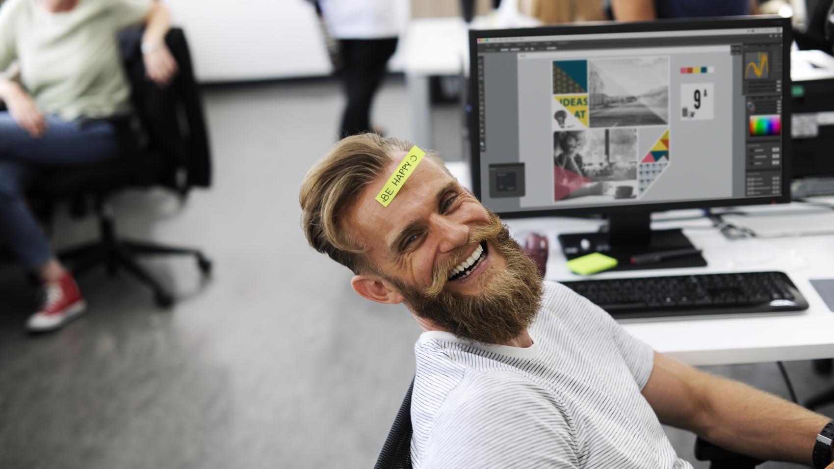 happy worker due to employee appreciation program