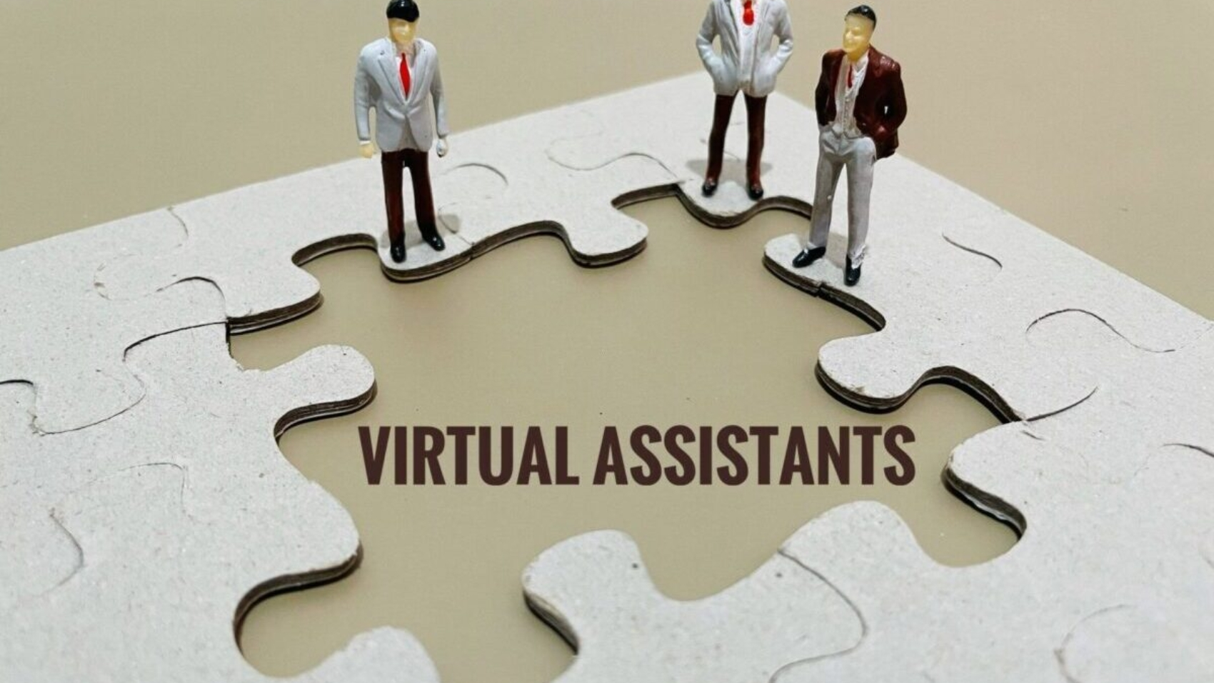hire a virtual assistant and enjoy the perks of services