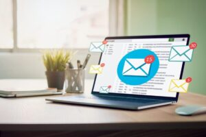 new email alert on laptop email marketing